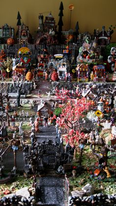 Yes i want these! Anyone know of any good places with good deals! Lemax and Dept. 56 Halloween Village