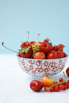 more summer berries by cannelle-vanille, via Flickr