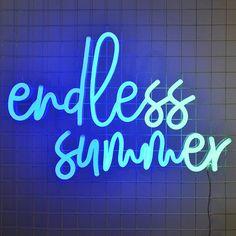 Blue Aesthetic Dark, Rainbow Aesthetic, Aesthetic Light, Blue Wallpaper Iphone, Iphone Wallpaper Tumblr Aesthetic, Blue Wallpapers, Blue Quotes, Neon Quotes, Blue Neon Lights