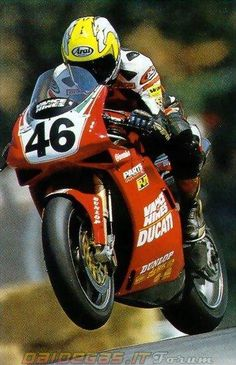 Cars, houses, motorcycles, models and lifestyle Ducati 916, Ducati Superbike, Valentino Rossi, Grand Prix, Motogp Race, Racing Motorcycles, Moto Guzzi, Super Bikes, Road Racing