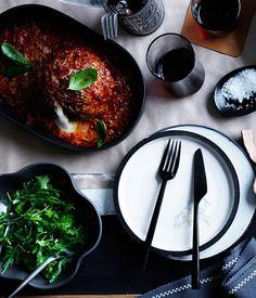 Giant Meatballs Stuffed with Buffalo Mozzarella in Tomato Chilli Sugo (Sauce) Cheesy Recipes, Meat Recipes, Food Processor Recipes, Healthy Recipes, Meatloaf Recipes, Dinner Recipes, Sausage Recipes, Healthy Meals, Yummy Recipes