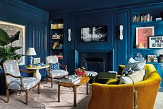 bold, eclectic living room style If your New Years resolution includes a brand new living room, read this. From minimalist havens to bold, eclectic spaces these are the best living rooms we saw this year—endless inspo. Eclectic Living Room, Living Room Colors, My Living Room, Living Room Decor, Peacock Living Room, Best Living Room Design, Living Room Designs, Bryant Home, Fireplace Design