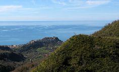 Was die Region Kalabrien für einen Urlaub in Italien anzubieten hat. Reiseziele, Sehenswertes, Highlights, Naturschutzgebiete, Strände und regionale Küche. http://www.italien-inseln.de/italia/kalabrien-calabria/urlaub.html