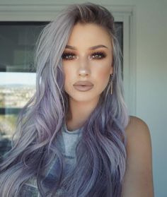 Wow! She can wear this purple-gray ombre hair....gorgeous
