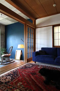 Discover recipes, home ideas, style inspiration and other ideas to try. Piece A Vivre, Wabi Sabi, Living Room, Interior Design, Furniture, Home Decor, Modern Japanese Interior, Woodworking Crafts, Decor Ideas