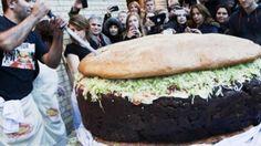 Самый большой гамбургер в мире , или Как в Германии установили новый рек...