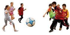 Das Team der youngCaritas Kafig League für ihre eigene, gleichnamige gute Sache Soccer Ball, Sports, Football Soccer, Hs Sports, European Football, European Soccer, Soccer, Sport, Futbol