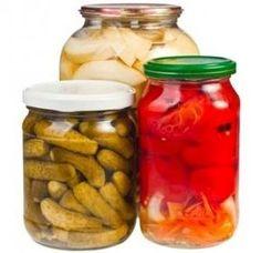 Sezóna zavárania je v plnom prúde - Magazín - Varecha. Pesto, Pickles, Cucumber, Food To Make, Frozen, Food And Drink, Yummy Food, Canning, Russian Recipes