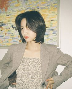Asian Short Hair, Girl Short Hair, Short Hair Cuts, Korean Short Haircut, Shot Hair Styles, Curly Hair Styles, Ulzzang Hair, Hair Streaks, Corte Y Color