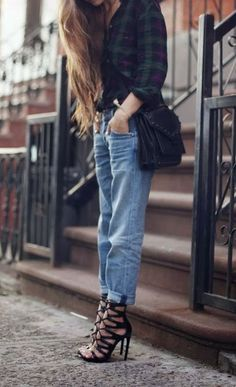 boyfriend jeans don't look this great on me. but i still love the outfit