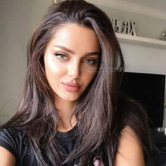 Lovely #mahlaghajaberi wearing solotica hidrocor mel contact lens #solotica_melbourne