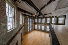 Bruner/Cott further expands MASS MoCA art museum in the Berkshires – Loft İdeas 2020 Industrial Interior Design, Industrial House, Home Interior Design, Industrial Interiors, Vintage Industrial, Industrial Style, Warehouse Living, Warehouse Home, Warehouse Apartment