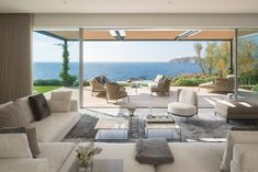 """""""At Minotti we always strive to create an international image, whether you are in Mallorca or Asia"""" Luz Natural, Villas, Hotel Lounge, Luxury Lifestyle Women, Visual Aesthetics, Level Homes, Outdoor Furniture Sets, Outdoor Decor, Interior Exterior"""