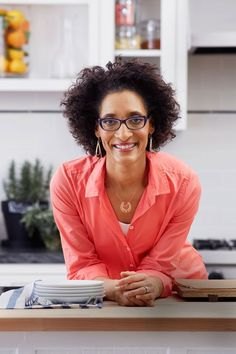 Chef Carla Hall- Redbook - My Granny's Meatloaf - Is your current recipe a little. Chef Carla Hall shares her granny's secret to a flavor-packed meatloaf recipe. Classic Meatloaf Recipe, Good Meatloaf Recipe, Best Meatloaf, Meatloaf Recipes, Turkey Meatloaf, The Chew Recipes, Wrap Recipes, Cooking Recipes, Dutch Recipes