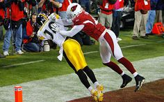 Steelers Wide Receiver Antonio Holmes (10) makes one of the most spectacular catches in Super Bowl history. It became the winning catch for the Steelers.