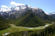 Routeburn Track, New Zealand Best hiking trips New Zealand #newzealandhikes #tuitrip #rimutrip