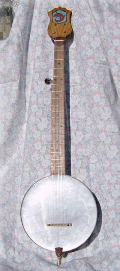 Howdy Ya Dewit!: How to Build a Cookie Tin Banjo
