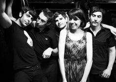 Dorian ofrecerán un concierto en Zaragoza el 25 de abril de 2014. Esta banda barcelonesa lleva en activo desde 2004 con un sonido muy personal que fusiona la música electrónica, el indie y el new wave.