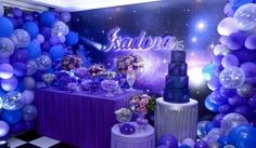 The anniversary is extra special. Check inspirations and tips for organizing a party 15 years simple and unforgettable! Valentines Day Decorations, Birthday Decorations, Birthday Party Themes, Wedding Decorations, Sweet Fifteen, Sweet 16, Meteor Lights, Space Party, 15th Birthday
