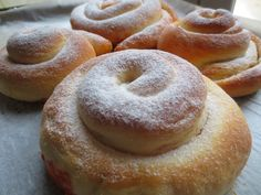 Ensaimadas Thermomix Thermomix Desserts, Sin Gluten, Doughnut, Crock, Good Food, Food And Drink, Bread, Cooking, Sweet