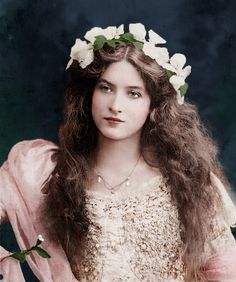 In color - Vintage screen actress