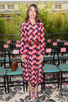 Charlotte Casiraghi en robe Gucci par Alessandro Michele de la collection au défilé Gucci printemps-été 2016, le 23 septembre 2015 à Milan.
