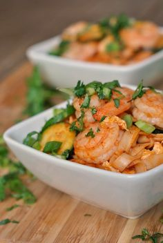 Spicy Sriracha Shrimp and Zucchini Lo Mein (ginger, zucchini, cilantro, green onion)