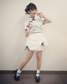 上坂すみれ 公式ブログ - 浴びろ‼︎オカルトウォーター‼︎ - Powered by LINE ※スカートは蓬莱肉まんのイメージだそうです(スタイリスト佐野さん談)