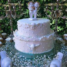 Batizado de menino, divino, decoração de batizado, festa de batizado, batizado, bolo de batizado, bolo com anjinhos.
