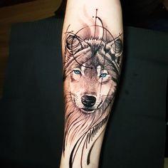 Wolf And Moon Tattoo, Wolf Tattoos, Forearm Tattoos, Arm Band Tattoo, Tatoos, Design My Tattoo, Beautiful Tattoos, Nice Tattoos, Big Tattoo