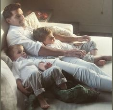 Ricky Martin, Couple Photos, Couples, Hijab Fashion, Celebs, Couple Shots, Couple Photography, Couple, Couple Pictures
