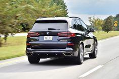 "BMW Grande, comoda e ""cattiva on demand"". Luxury Car Brands, Luxury Suv, Suv Trucks, Suv Cars, Bmw X5 M Sport, Bmw E24, Off Road, Future Car, Car Detailing"