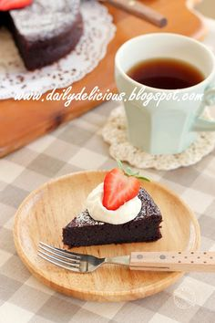 dailydelicious: Gateaux Chocolat: Rich chocolate cake