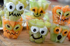 Create these EASY fresh fruit cups with funny monster eyes for an adorable and healthy Halloween party snack!