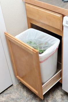Our Modern Homestead: DIY Pull Out Trash Drawer
