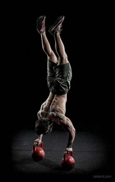 CrossFit is tough! Here are 25 highly motivational CrossFit photos and quotes to help inspire you to push to your mental and physical limits in training. Planet Fitness, Fitness Man, Fitness Goals, Health Fitness, Fitness Music, Fitness Sport, Female Fitness, Muscle Fitness, Fitness Diet