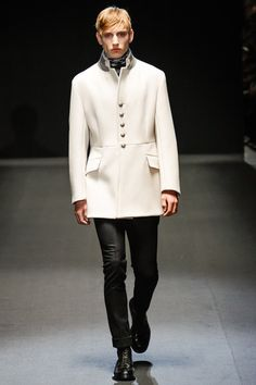 Gucci Fall 2013 Menswear Collection Slideshow on Style.com