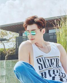 Only Lee Jong Suk — VEDI VERO (Sunglasses) IG Update      ARENA HOMME+...