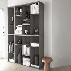 Shelfie ✔️ #livingroom #stylizimohouse #ikeahack #bookshelf #interior #interiør