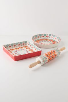 Poppy Ring Pie Pan, Rolling Pin, and Dish Set from Anthropologie Cute Kitchen, Kitchen Items, Kitchen Gadgets, Kitchen Goods, Kitchen Things, Kitchen Stuff, Baking Set, Baking Dishes, Baking Pans