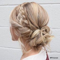 Braid crown updo wedding hairstyles updo hairstyles messy updos weddinghair we 18 pretty fall hochzeitsfrisuren die begeistern Low Bun Hairstyles, Braided Hairstyles For Wedding, Hairstyles 2018, Bridal Hairstyles, Hairstyle Braid, Wedding Updo With Braid, Hair Updos For Wedding, Hairstyle Ideas, Trendy Hairstyles