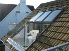 VELUX roof terrace Let your window become your door to the outside. VELUX roof t. VELUX roof terrace Let your window become your door to the outside. VELUX roof terrace completely o Small Attic Room, Small Attics, Attic Loft, Loft Room, Attic Rooms, Attic Spaces, Bedroom Loft, Attic Office, Small Spaces