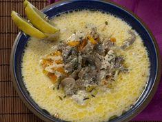 A ragulevesek között a legnépszerűbb egyértelműen a tárkonyos, de azért akad köztük újszerű változat is is bőven: kapros, citromos, gombás vagy borsós. A következő ragulevesek közül mindenki megtalálja a kedvére valót. Íme 9 isteni recept! Hungarian Recipes, Hungarian Food, Naan, Soups And Stews, Cheeseburger Chowder, Hummus, Main Dishes, Oatmeal, Food And Drink