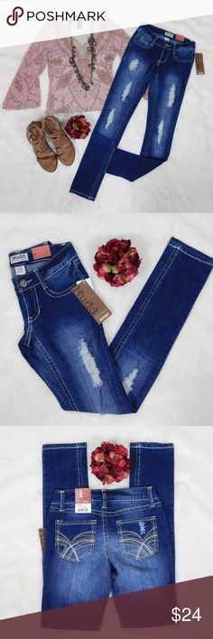 a7e07ea1b64 Mudd Destructed Destroyed Denim Skinny Jeans 0 New MUDD ultra low rise  zip button closure