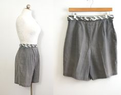high-waisted 50s beachcomber shorts with matching striped belt