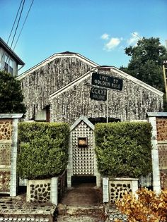 Beer can house in Houston, Texas. One can still do this in Houston because the City has not crushed homeowners under mountains of regulations — yet. Great Places, Places To See, Texas Pride, Texas Usa, Texas Vacations, H Town, Texas Homes, Texas Travel, Galveston