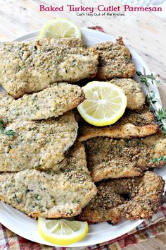 Baked Turkey Cutlet Parmesan uses turkey cutlets dipped in breadcrumbs, parmesan cheese, thyme, parsley & lemon pepper. Drizzle with olive oil. Turkey Cutlet Recipes, Cutlets Recipes, Turkey Recipes, Turkey Tenderloin, Turkey Cutlets, Parmesan Recipes, Baked Chicken Recipes, Keto Recipes, Low Calorie Baking
