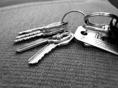 omdat ik altijd mijn sleutels kwijt ben