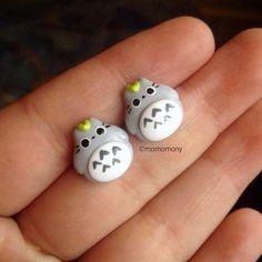 Super Cute Chibby Totoro Earrings por momomony en Etsy