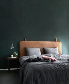 18 Elegant Bedroom Makeover Ideas With Small Budget Bedroom Green, Home Bedroom, Bedroom Decor, Bedroom Ideas, Master Bedroom, Design Bedroom, Bedroom Modern, Contemporary Bedroom, Bedroom Wall